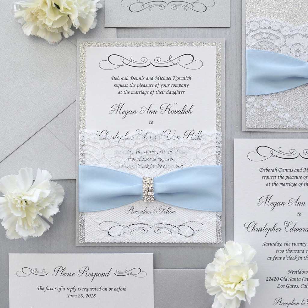 Well here's that something blue😉 how chic are these soft gray and white invitations? Customize them at our shop, CLICK LINK IN BIO
