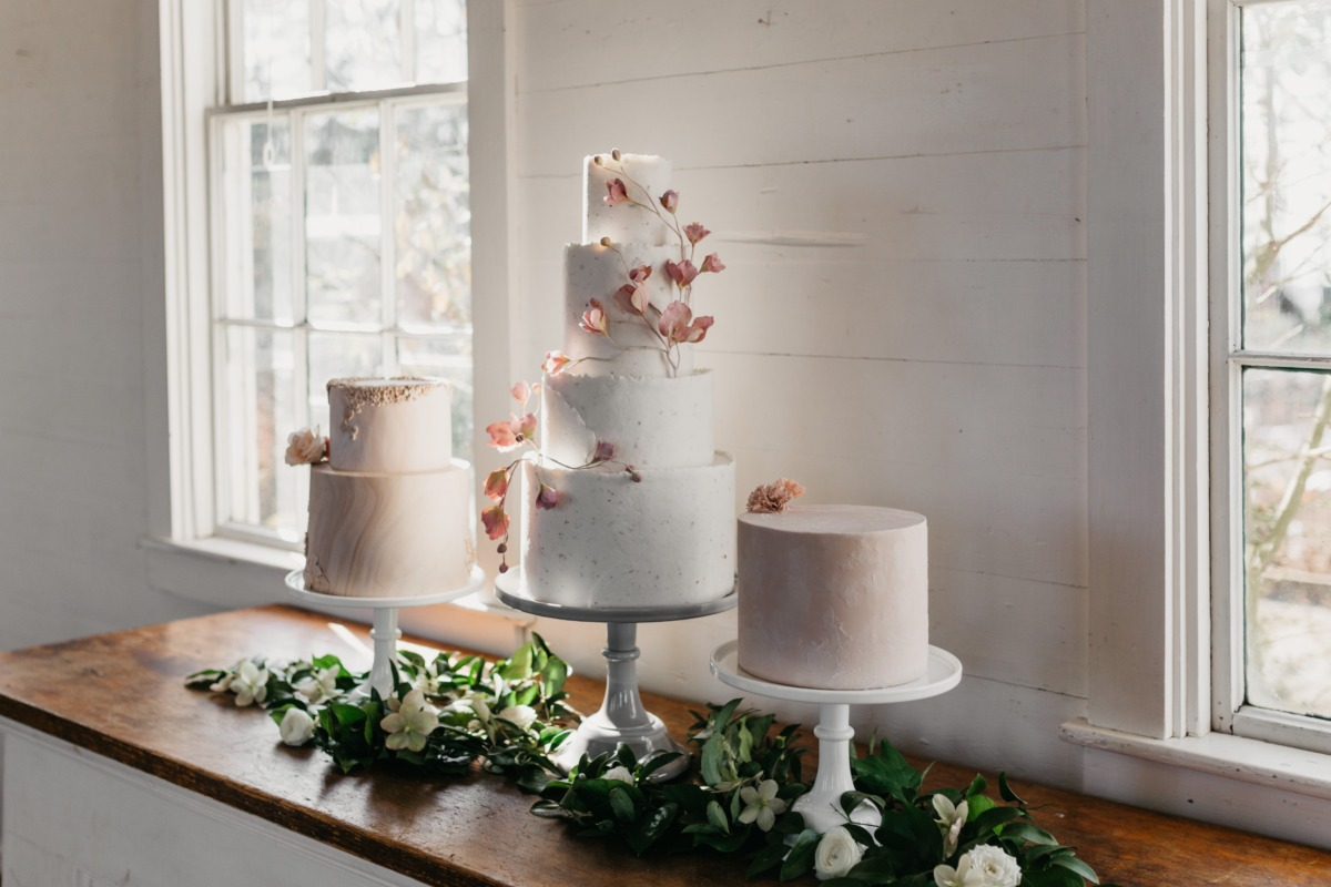 How To Fill Your Wedding Day With Flowers