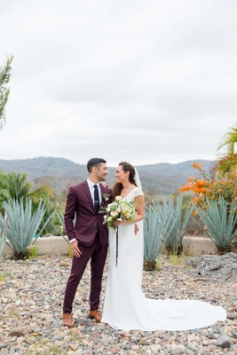 Gold and Burgundy Chic Wedding In Mexico