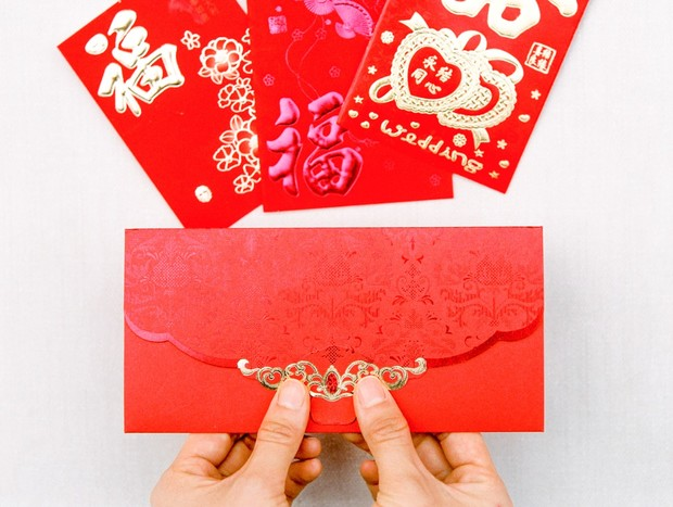 gold and red envelopes