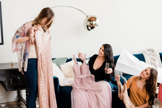 5 Reasons You Need To Have A Revelry Try-On Party