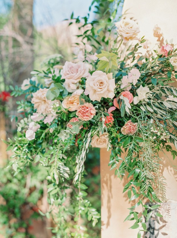 wedding in Arizona floral decor
