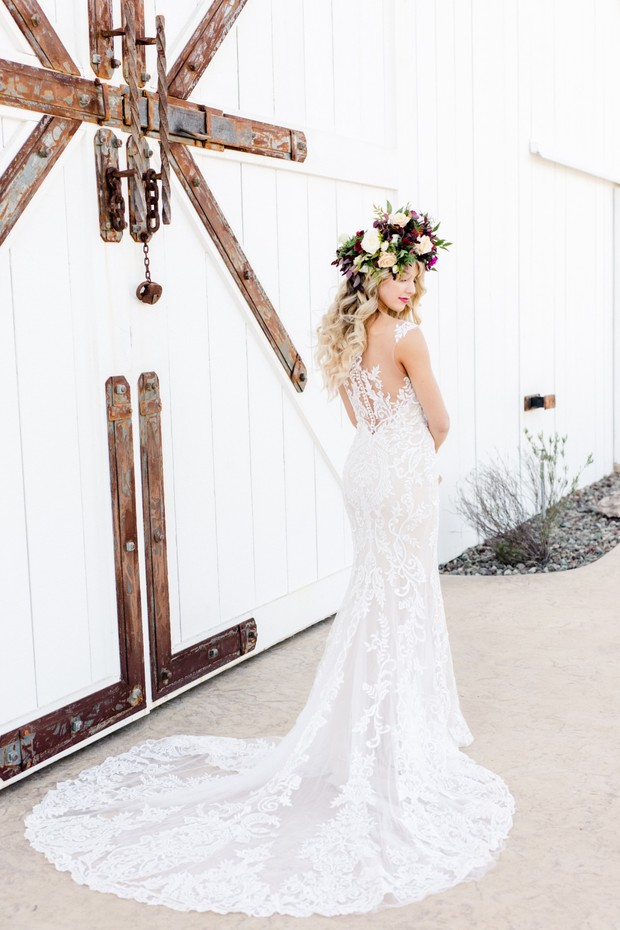 boho bride wedding dress