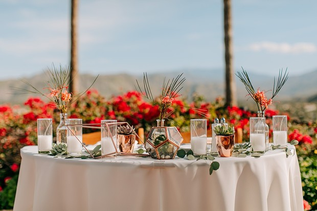 modern chic sweetheart table