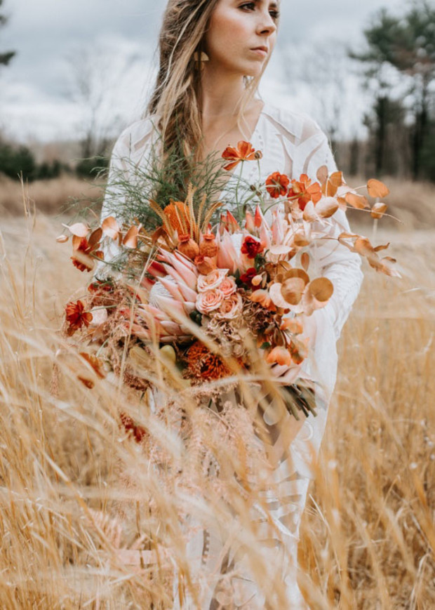 fall wedding bouquet idea