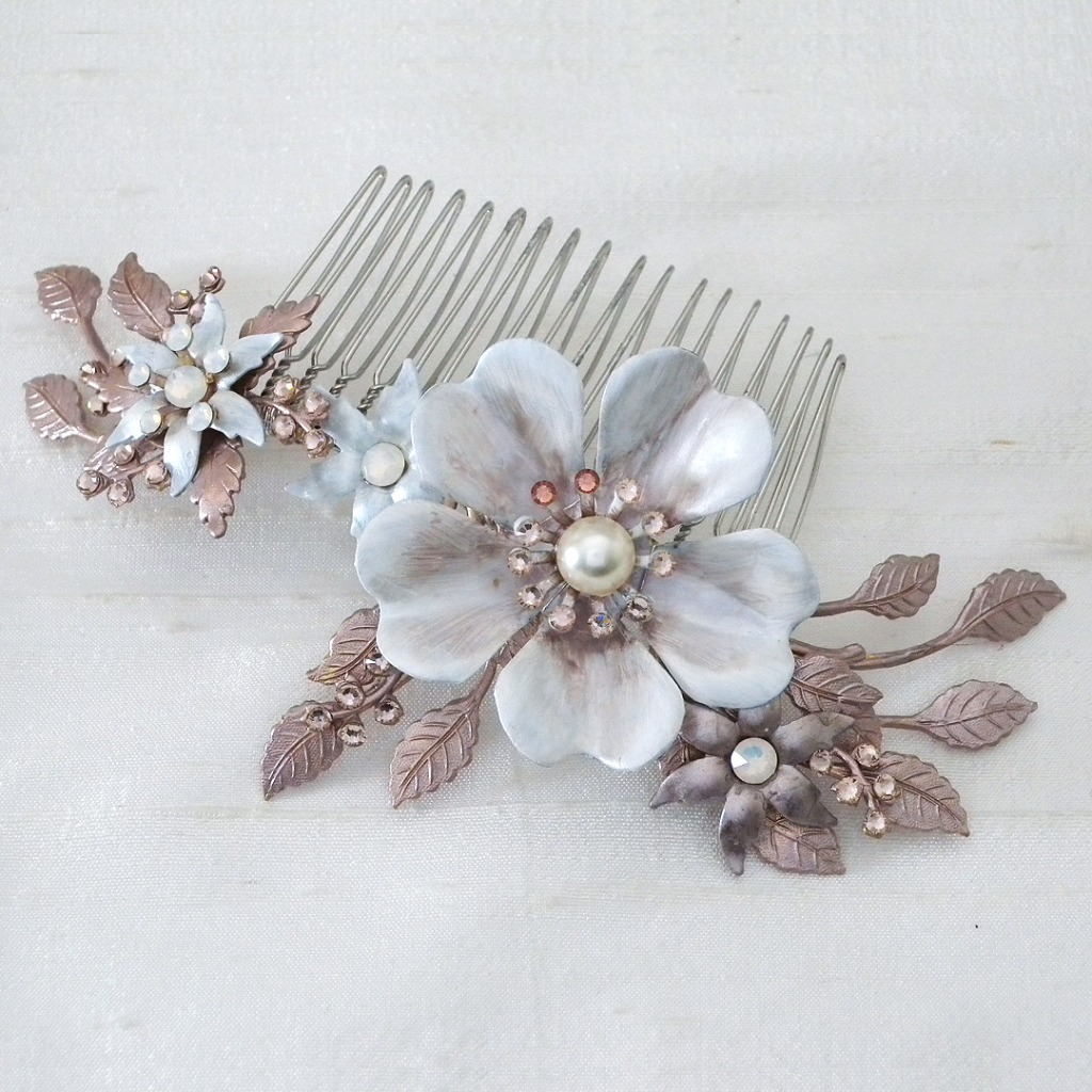 Hand-made and hand-painted floral wedding comb from the House of Mac & Zoe.