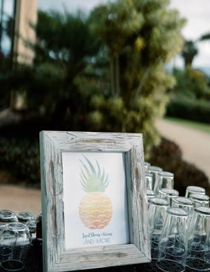pineapple free printable sign
