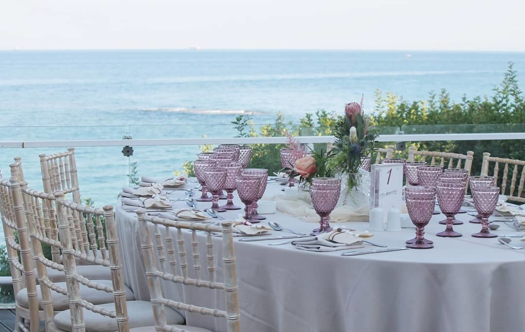 ▪︎Dinner with view! A wedding to remember sharing with family and friends so romantic, beautiful and special moments. ▪︎
