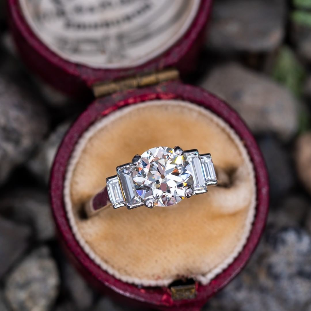 Double tap and tell us if you want to see more old European cut diamonds like this.