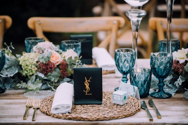chic wedding place setting