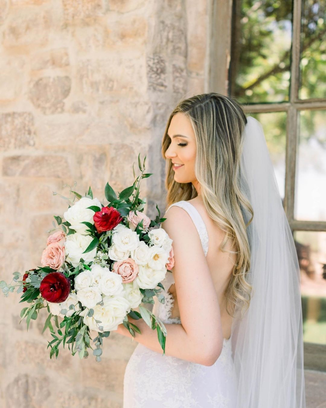 Obsessed with this bridal session from this Superstition Mountain Golf Club wedding.