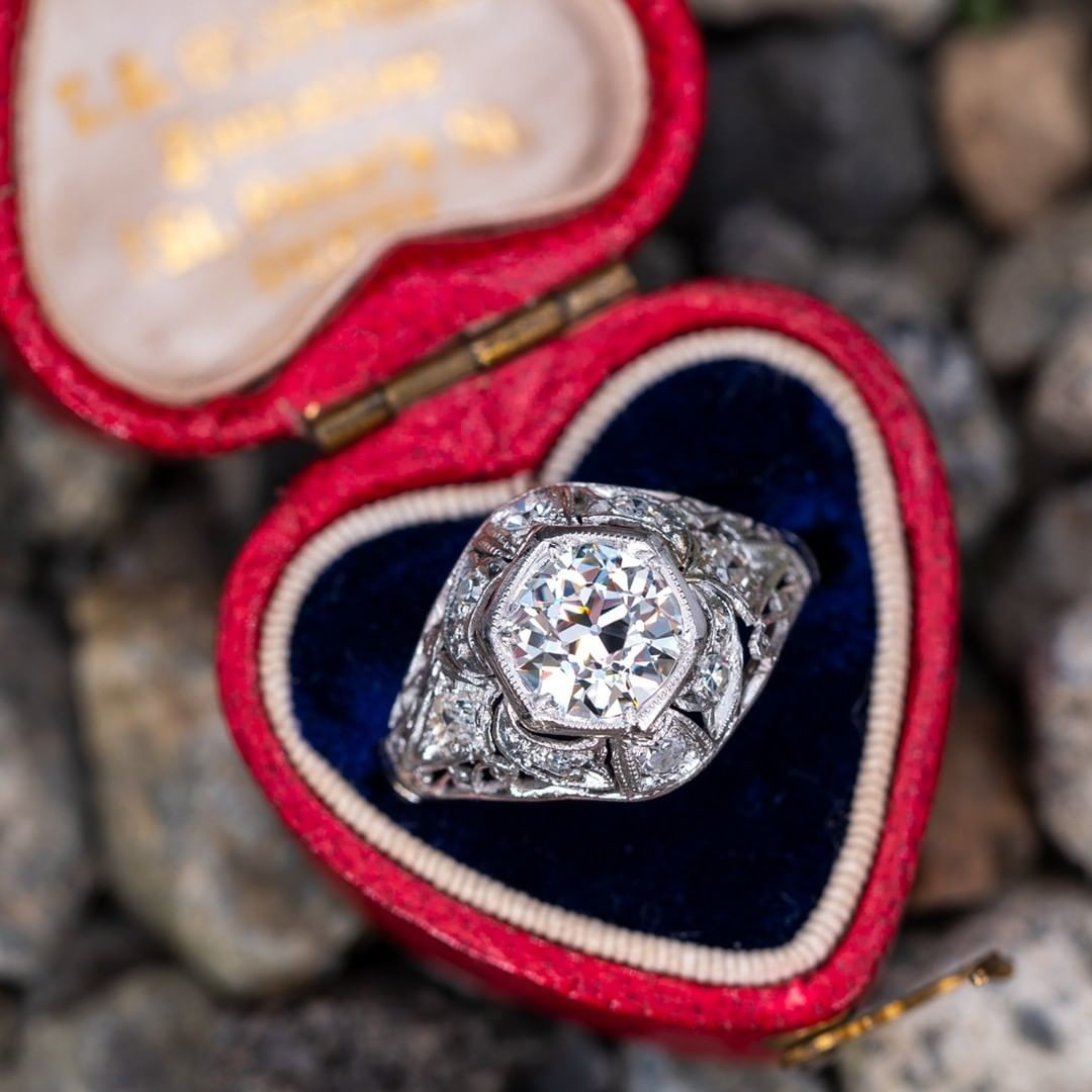 Finish the sentence.. This ring is __________.