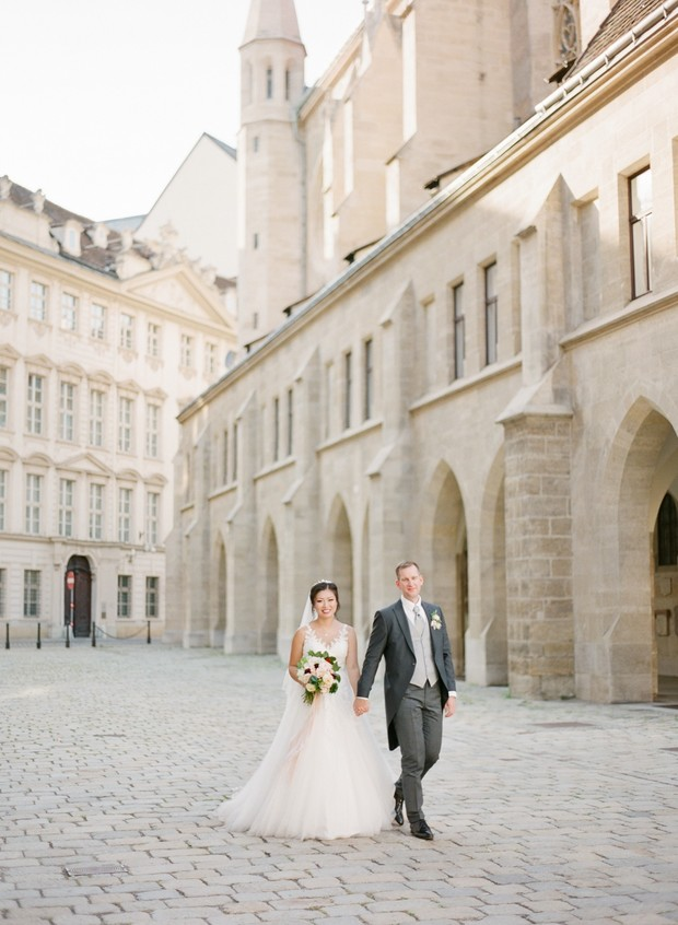 wedding couple portraits in Vienna