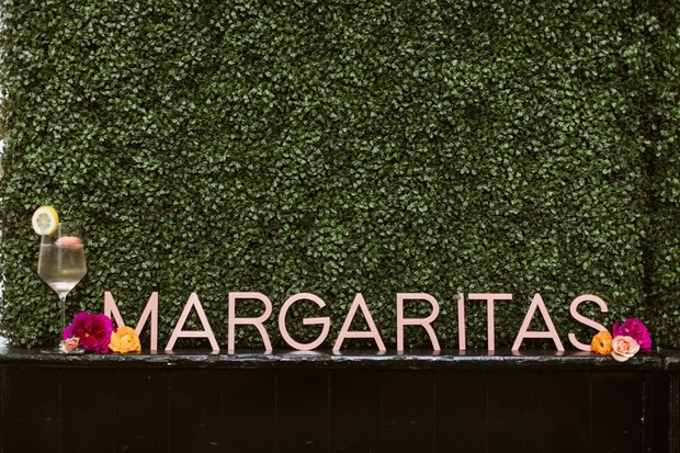 cute margaritas sign