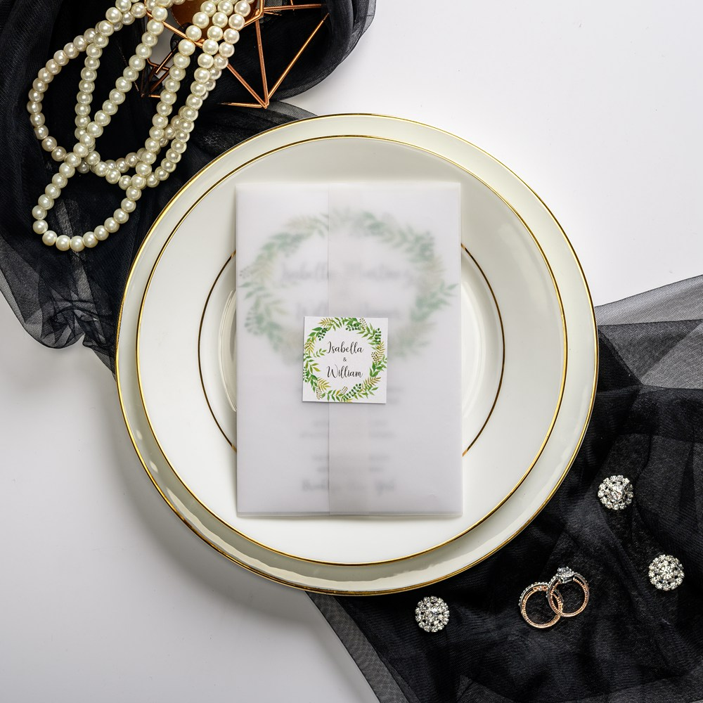 This kit is distinguished by modern vellum wrap finished with a cute tag, inside is greenery wreath cardstock. The whole stationary