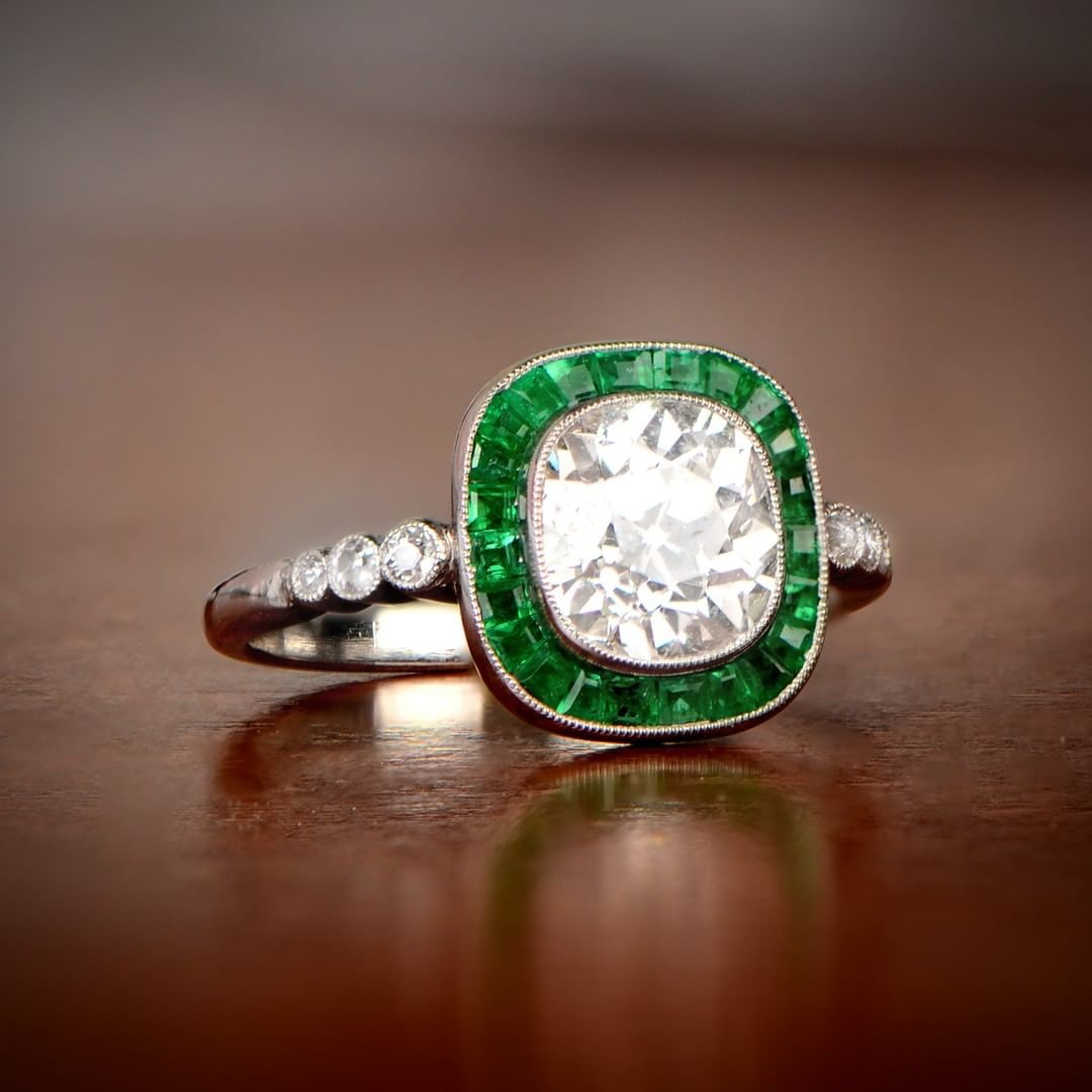 Guess: Emerald Halo or Green-Sapphire Halo?