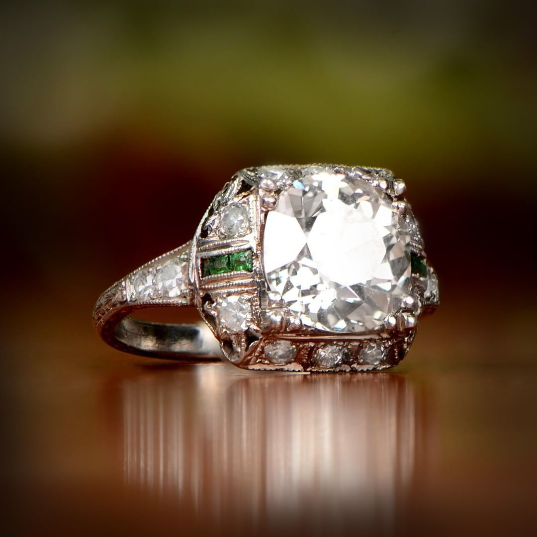 Rare 2.92-Carats Ring. Circa 1925. What do you think?