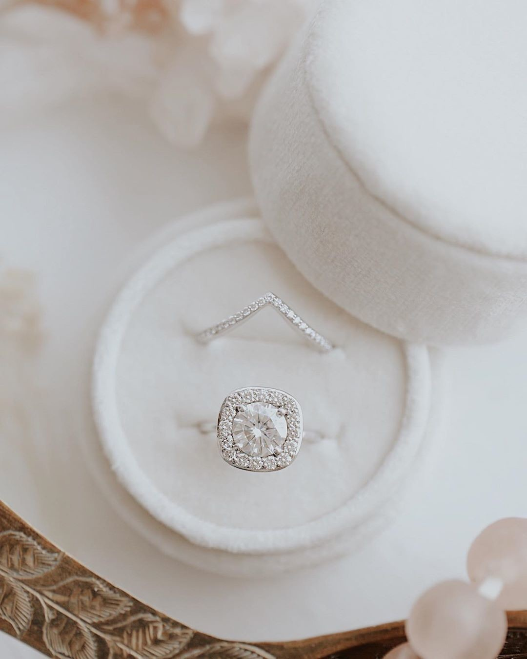 The Peyton ring looking like a dream in 14k white gold accompanied by a dainty diamond tracer band sitting pretty in our brand new
