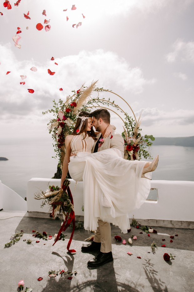 romantic elopement photo idea
