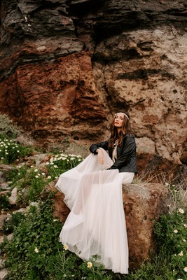 Intimate Wedding Meets Boho Style And Dramatic Views