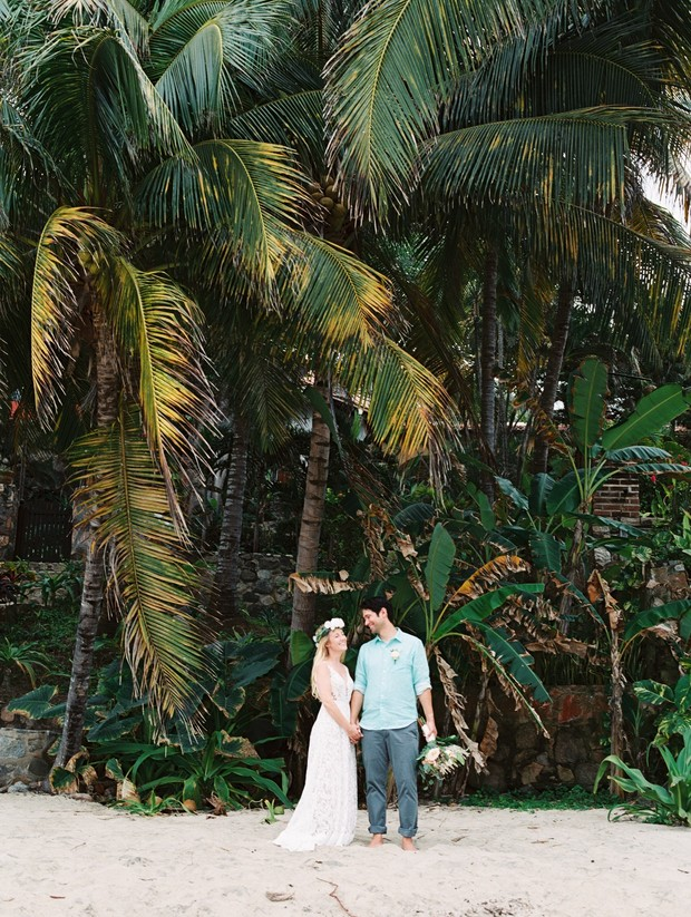 relaxed destination wedding Mexico