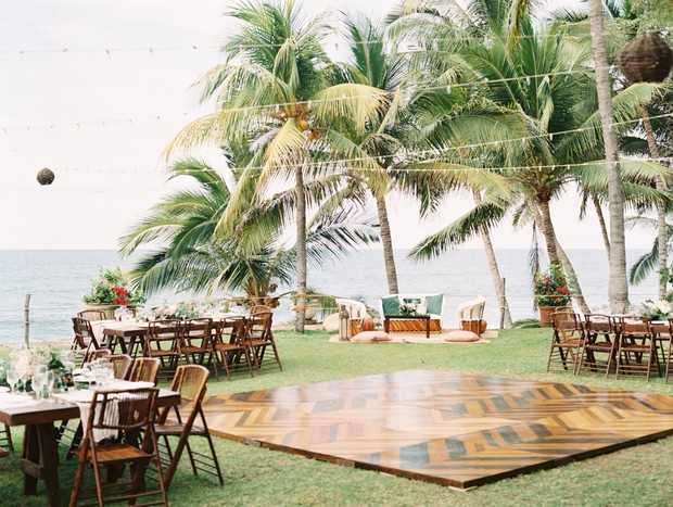 Tropical wedding reception in Mexico
