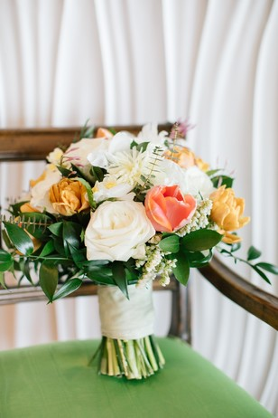 summertime wedding bouquet