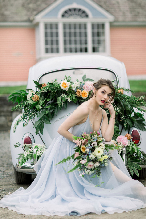 flower decorated wedding car