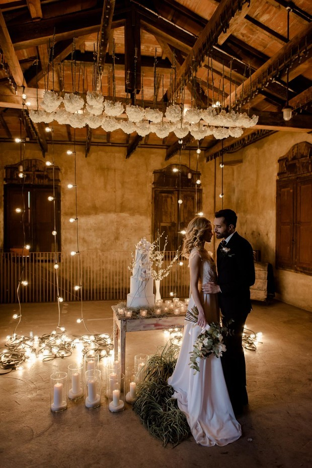 dramatic lighting for your wedding