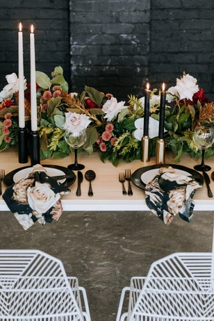 modern black white and gold table setting