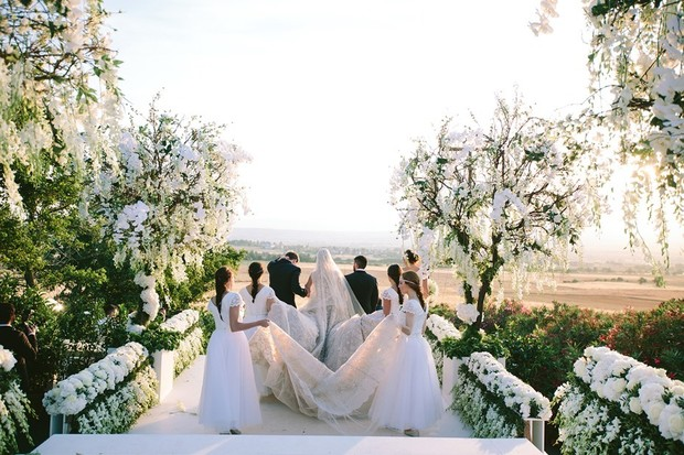 no budget wedding in greece