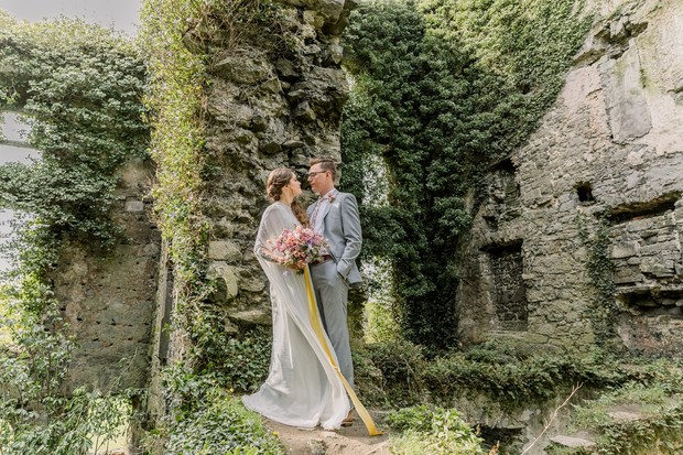 castle ruins of Menlo Castle wedding