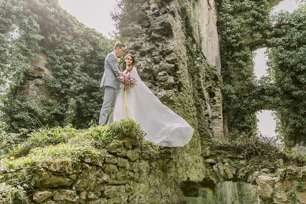 castle ruin wedding ideas from Ireland