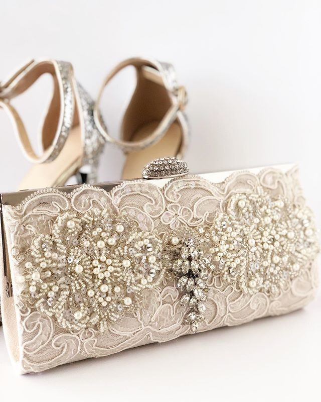 Mother of the bride perfection!!! Brand New with gorgeous ivory lace and pearl details.