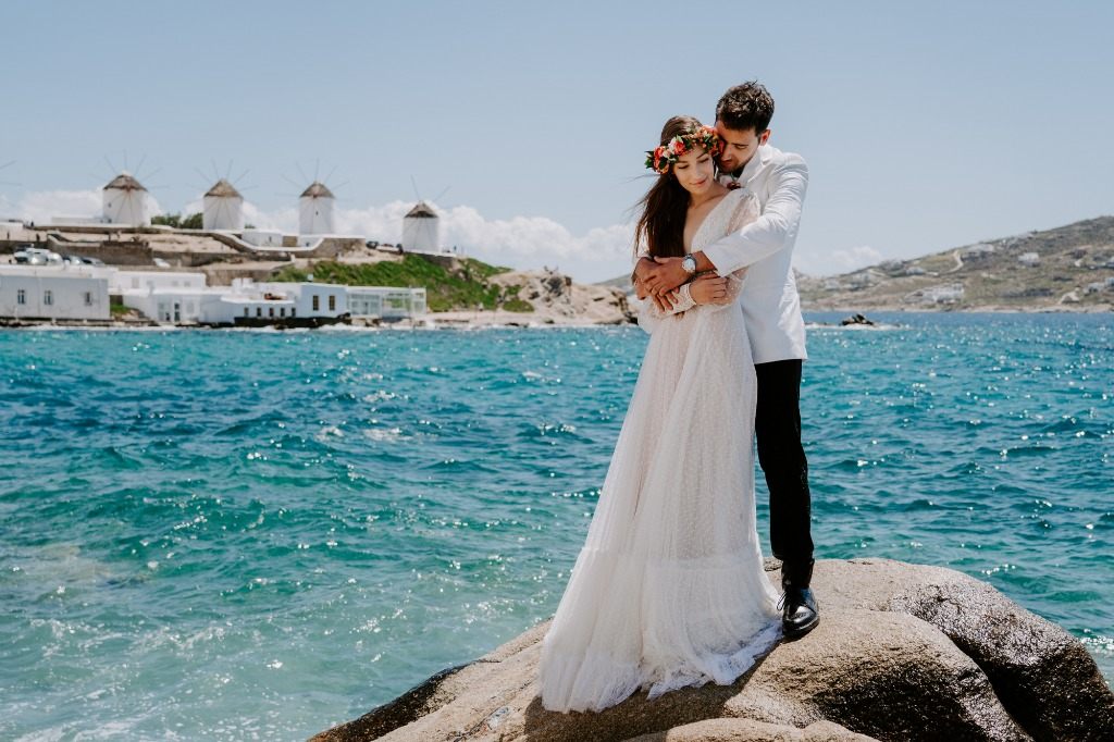 Elopement Wedding In Mykonos!