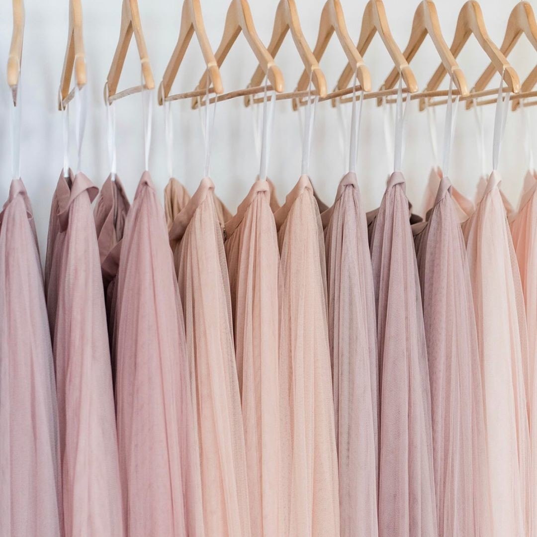 Blushing over pretty pinks & on-trend tulles.😍☺️