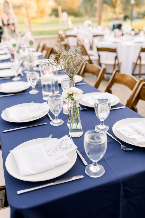 simple wedding reception decor