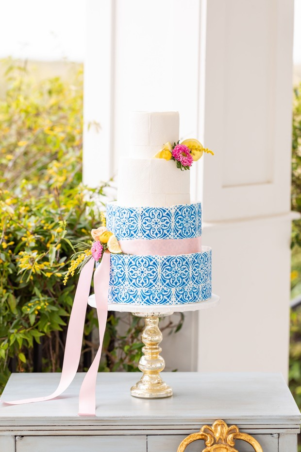 blue Spanish tile wedding cake