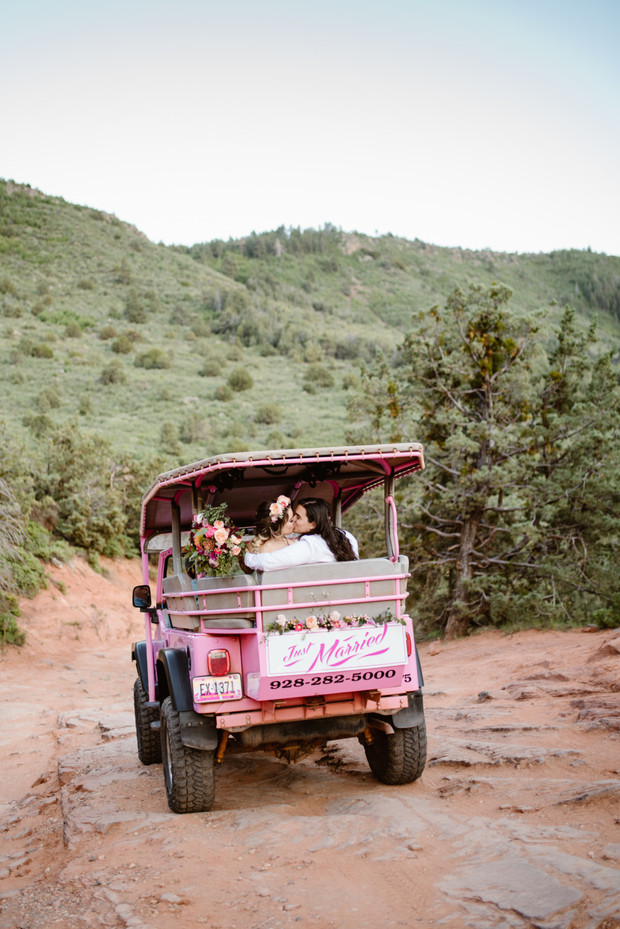 Pink jeep elopement