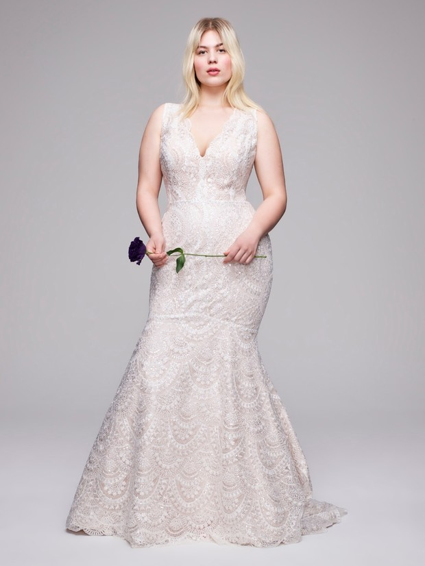 Anne Barge Eliminates Extra Size Fees For Curve Couture Collection