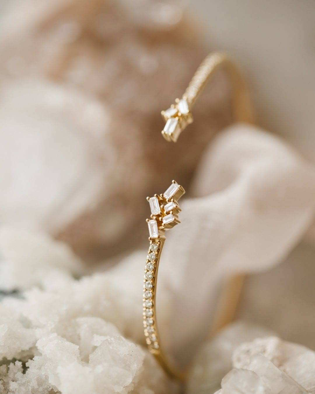 Swooning over this open baguette & round diamond bangle bracelet! Available at our Tennyson location and online now!