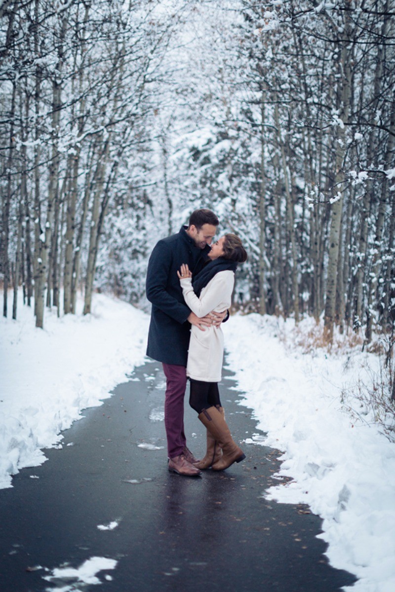 winter engagement shoot ideas