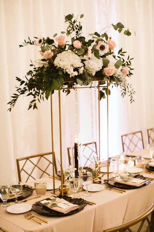 gold white and black wedding table decor