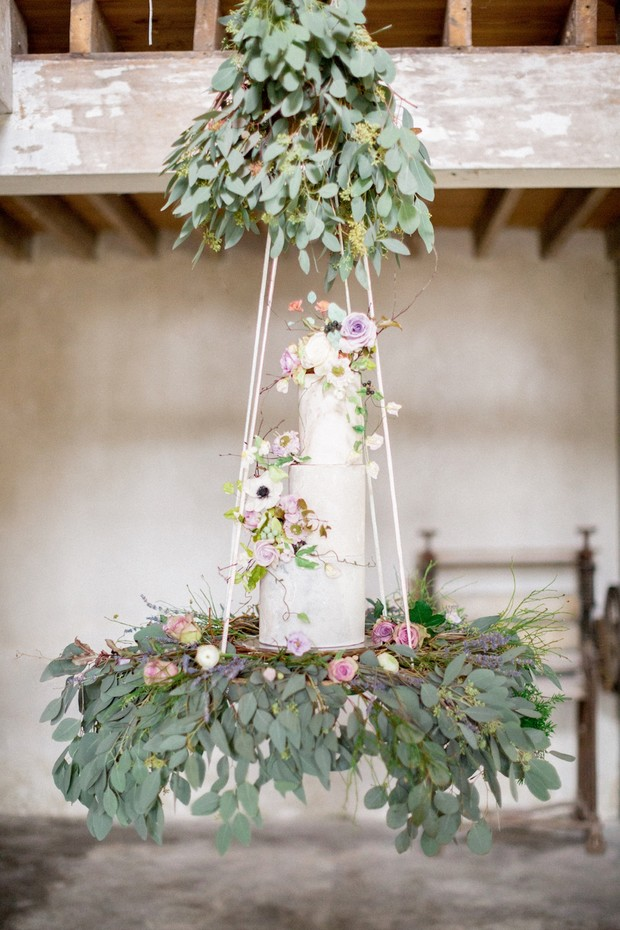 hanging wedding cake design