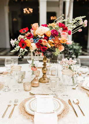 moody floral decor for your wedding table