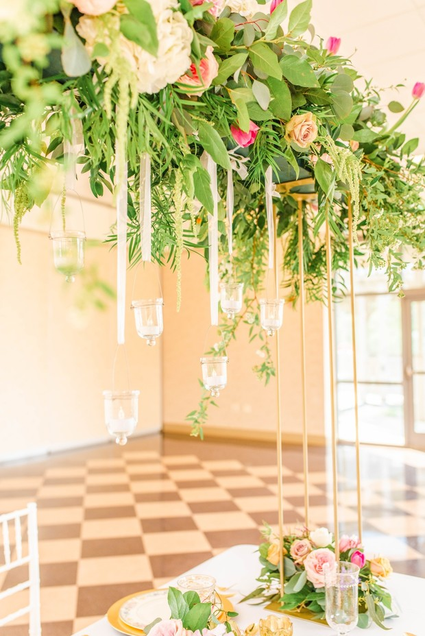 wedding table decor for your garden themed wedding