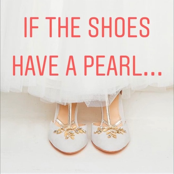 Celebrate June 🎂and 👰🏼 with us 🎊 SAVE 20% on any item with a PEARL on it! 🏃🏽‍♀️🏃🏼‍♀️🏃🏻�