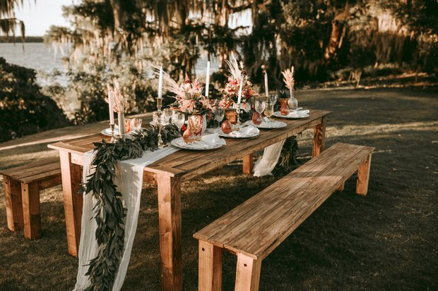 picnic table rustic wedding decor
