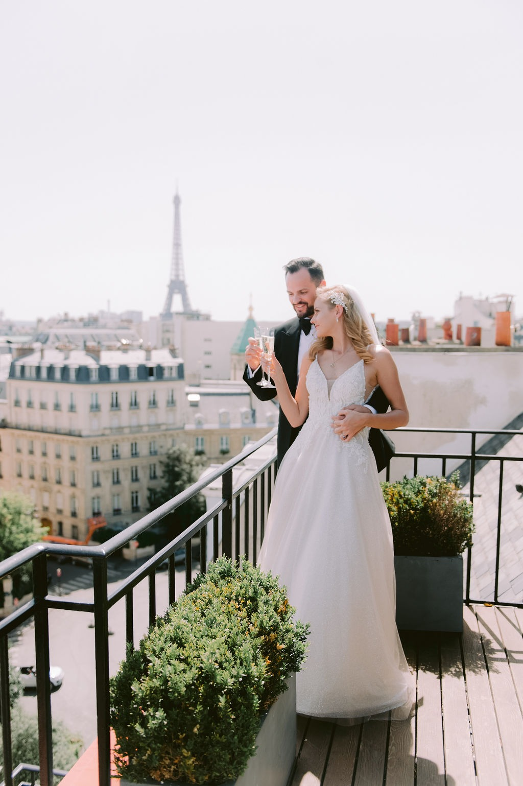 From Australia to Paris to say I do!