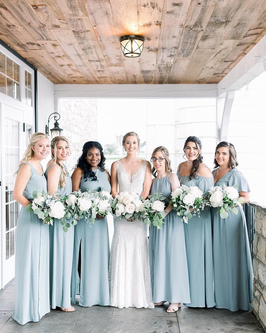 This just might be one of my favorite bridal party shots ever! Angelina picked the perfect color palette for her big day!